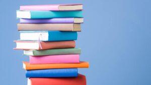 تعد الكتب من منتجات التجارة الإلكترونية الأكثر مبيعًا